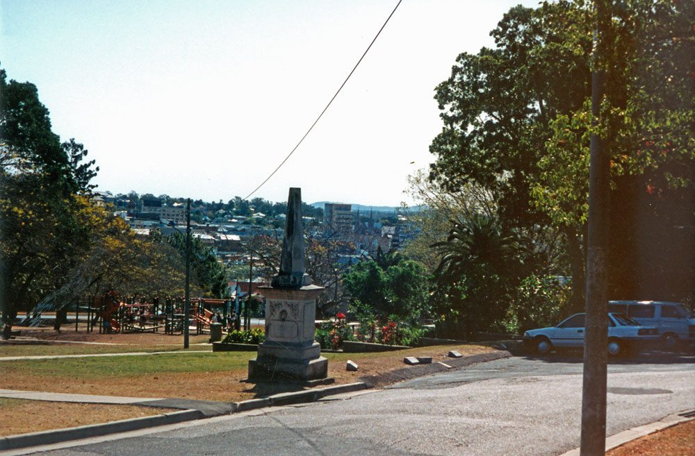 Panoramic from Merle Finimore Avenue, Queen's Park, towards Woodend, Ipswich, 1991