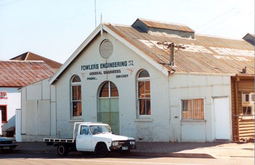 Fowlers Engineering building, 9 The Terrace, North Ipswich, 1991 - Image courtesy of Picture Ipswich