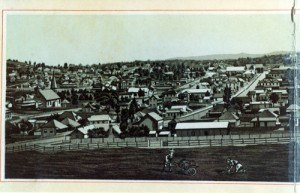 Panorama of Ipswich looking down Brisbane Street from Queen's Park, 1887 (Photo courtesy of Picture Ipswich)