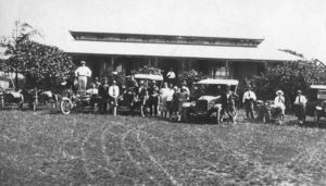 Members of the Jones' family of Redbank Plains with friends and their vehicles at Kyeewa, East Ipswich, 1920s - Image courtesy of Picture Ipswich